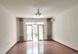 開發區,隱龍山莊140平,精裝3室2廳,便宜急售!