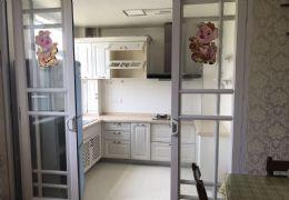 天際華庭108平米2室2廳1衛豪華裝修出租
