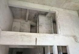 新区 豪德校区 宝能城复式三房 132万出售