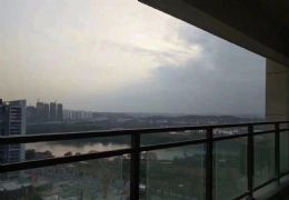 香格里拉   江景5房  僅售128萬