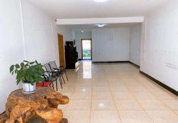前后超大露臺,學區4房,黃金樓層報價106萬