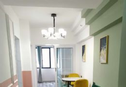 金钻广场精装修2室2厅1卫出售拎包入住