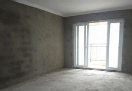 華堅北大道143平米4室2廳2衛出售