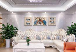 豪华新装大四房 送全套家具中央空调 随时看房