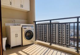 精装修拎包入住带阳台现房公寓,64平首付25万