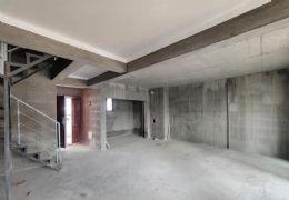 中航云府115平米复式四房,超大赠送学区房高性价比