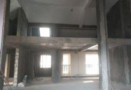 章江新区江山里洋房顶复实用380平单价1万南北8房