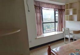中央城111平米2室2厅1卫精装房