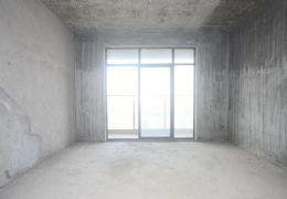 龙岭时代新城毛坯通透四房,中间楼层,采光充足