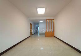 文清路学区房126平米3室2厅出售