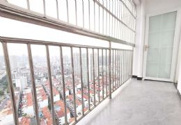 新区一室一厅房东包税,精装售价32万