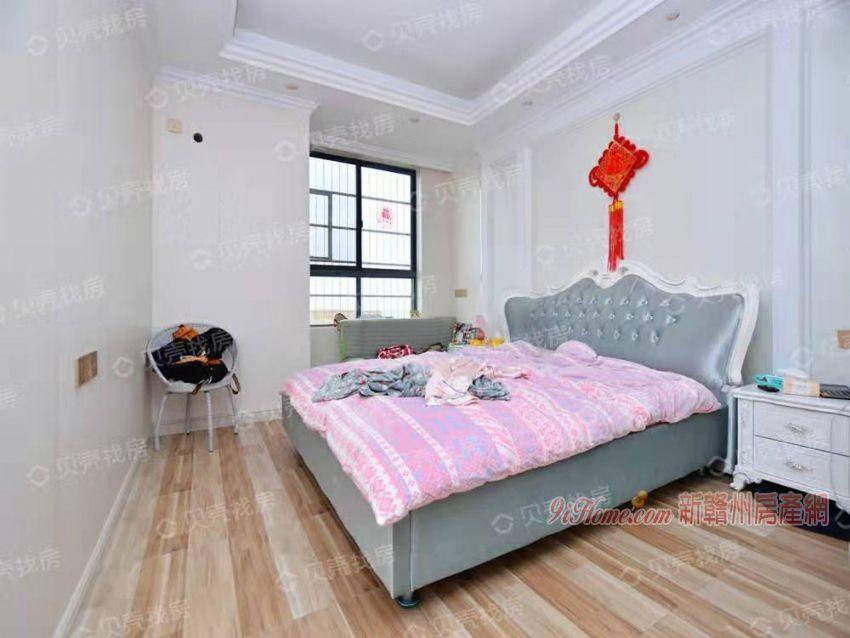 离梦想很近 实现舒适三房 体验奢华生活 新婚首选
