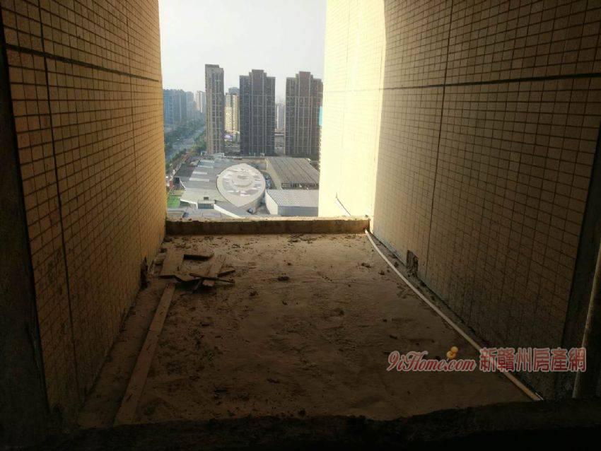 章江新区公园一号复式黄金楼层6室单价1.35万可谈_房源展示图2_新赣州房产网