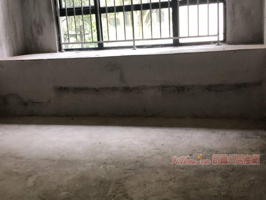 《萬象城 》帶6米的地下室和花園!含車位僅售290_房源展示圖4_新贛州房產網