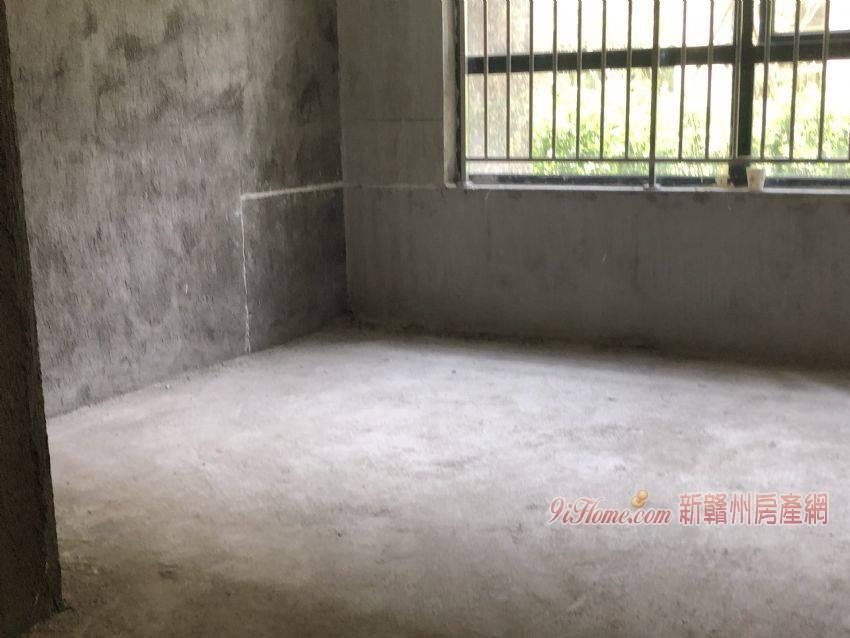 《萬象城 》帶6米的地下室和花園!含車位僅售290_房源展示圖5_新贛州房產網